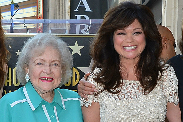 Betty White and Valerie Bertanelli are definitely keeping it hot in Cleveland.