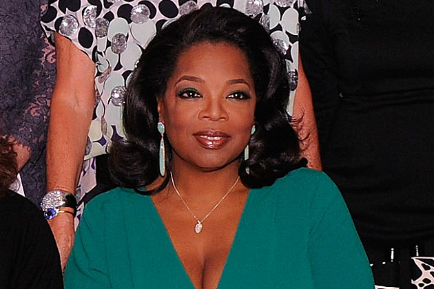 Silly Oprah Winfrey promoted Microsoft's Surface from her Apple iPad.