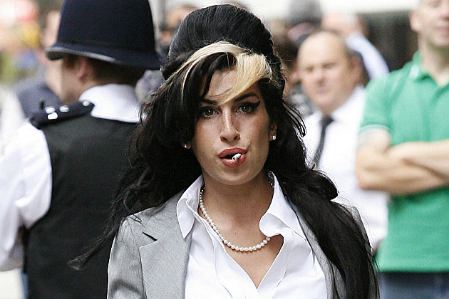 Amy Winehouse may not have died of alcohol poisoning after all.
