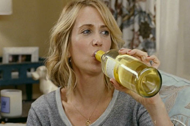 Kristen Wiig Bridesmaids wine