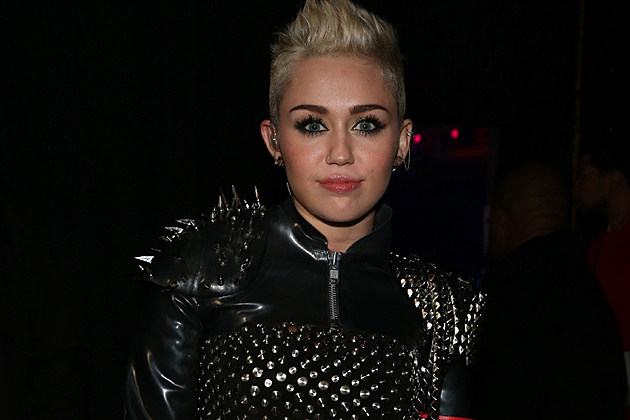 Miley Cyrus at the VH1 Divas show