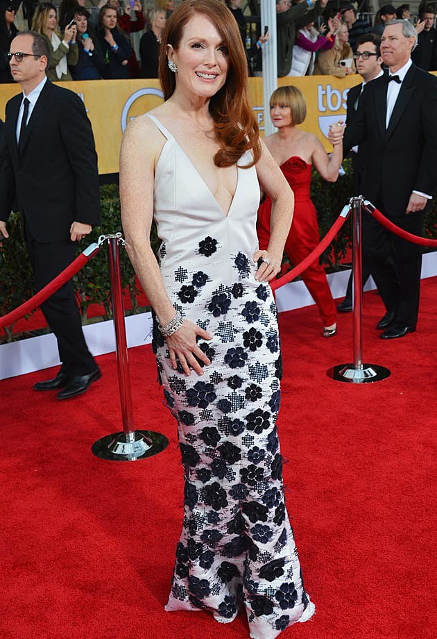 Julianne More 2013 SAG Awards