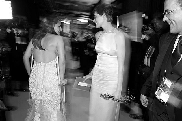 Kristen Stewart Anne Hathaway