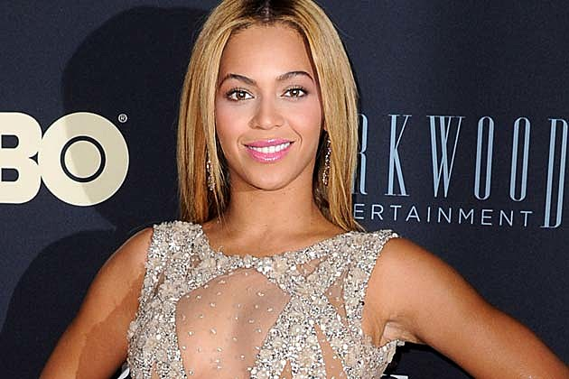 Beyonce Life Is But a Dream Premiere Elie Saab