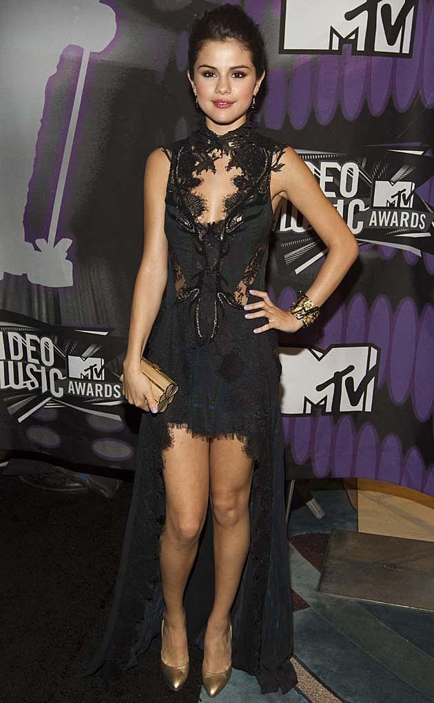 Selena Gomez Black Julien McDonald VMAs