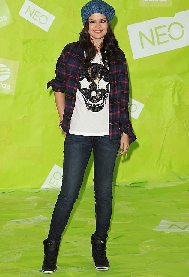 Selena Gomez NEO Casual