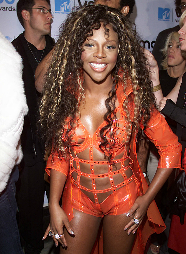 Lil' Kim's face was normal but her clothes were weird.