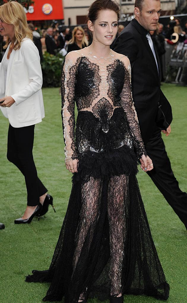 Kristen Stewart Black Marchesa Snow White Huntsman