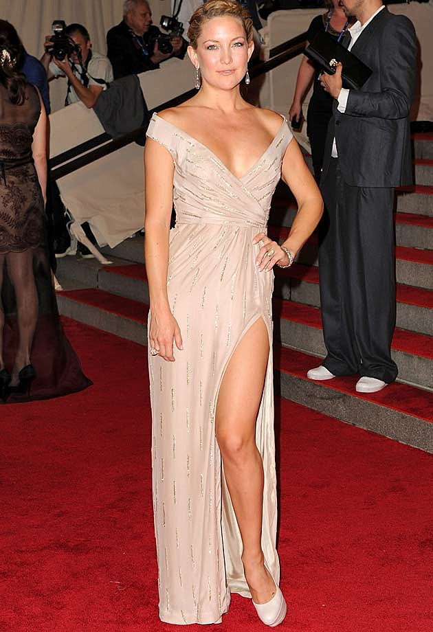 Kate Hudson Nude Gown