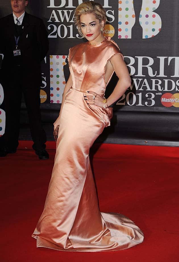 Rita Ora Ulyana Sergeenko 2013 BRITs