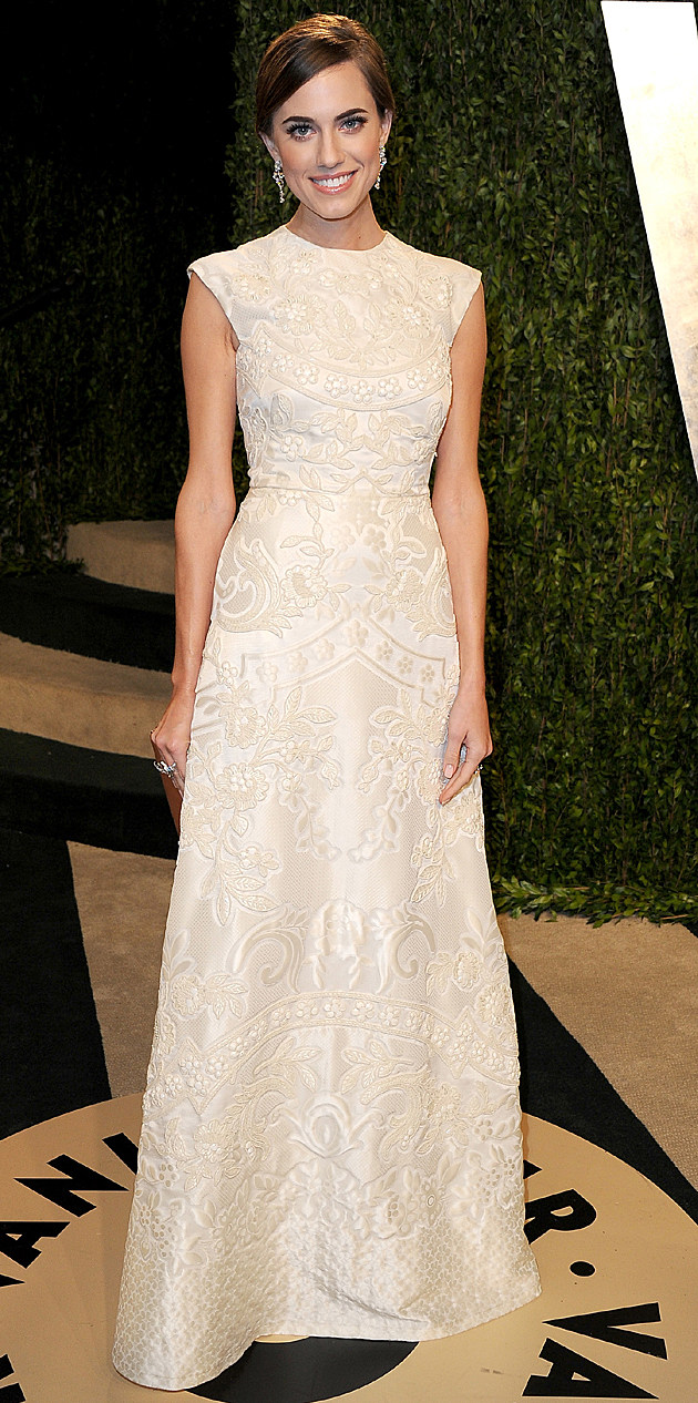 Allison Williams at the 2013 Vanity Fair Oscar Party