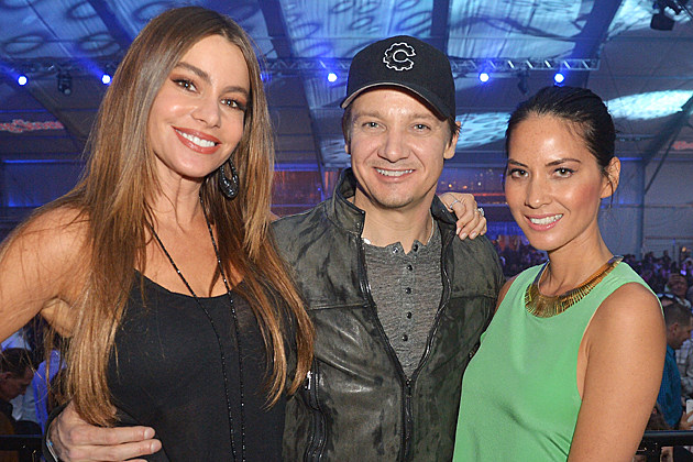 Sofia Vergara, Jeremy Renner + Olivia Munn