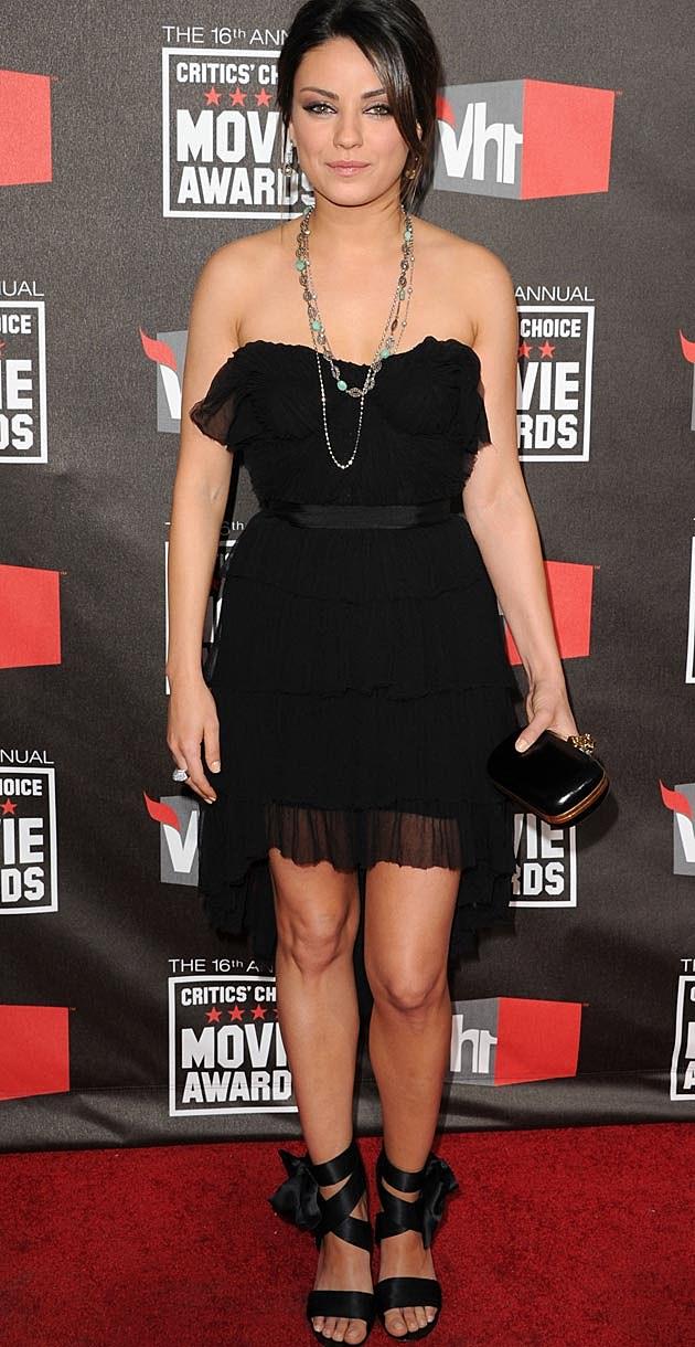 Mila Kunis Black Nina Ricci