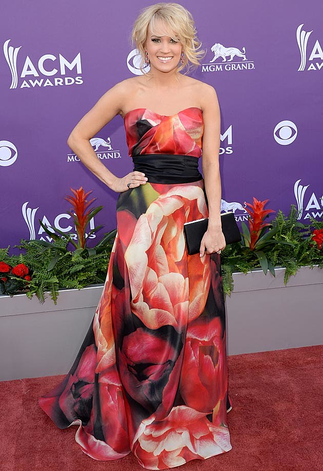Carrie Underwood Name Kahn 2013 ACMs
