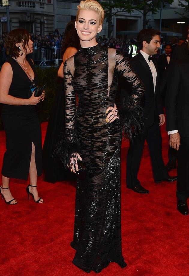 Anne Hathaway 2013 Met Ball Valentino
