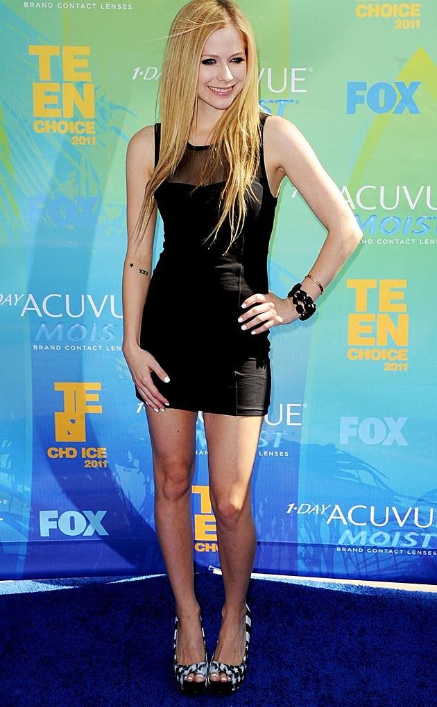 Avril Lavigne LBD