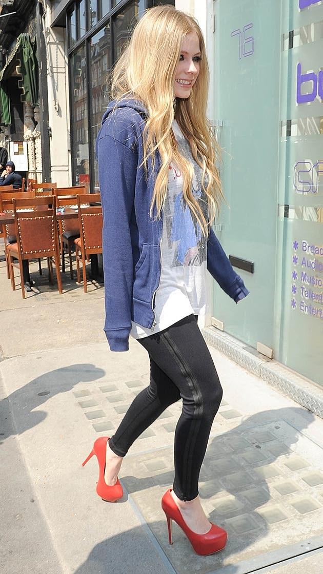 Avril Lavigne Hoodie Heels