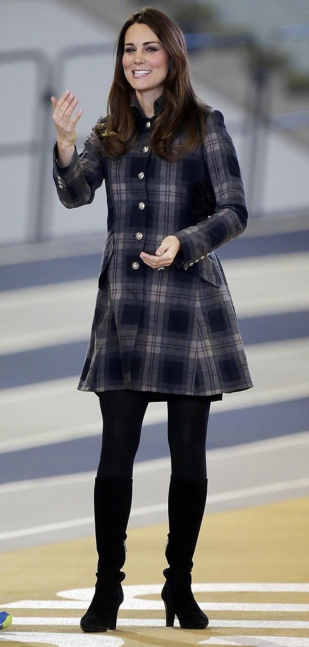 Kate Middleton Pregnant Tartan