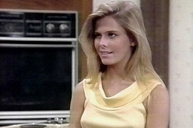 nicole eggert charles in charge