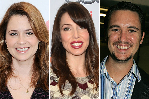 Jenna Fischer, Whitney Cummings and Wil Wheaton tweeted their way onto our list today.