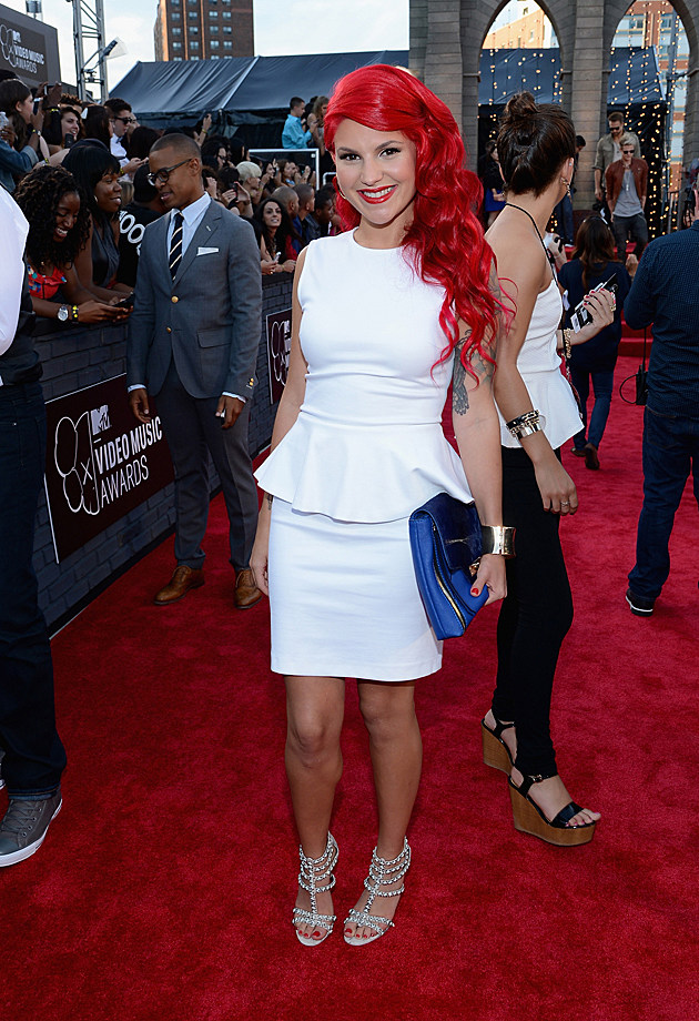 2013-mtv-vmas-carly-aquilino
