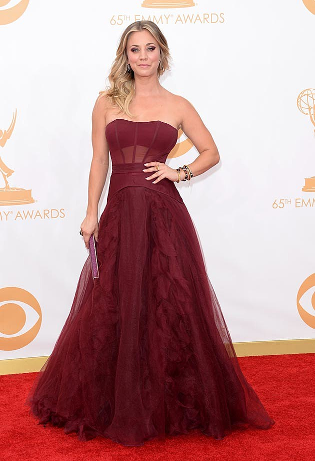 Kaley Cuoco Pamella Rowland 2013 Emmys