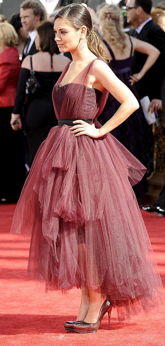 Mila Kunis Monique Lhuillier 2009 Emmys