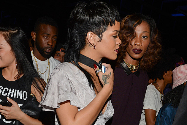 rihanna-mullet-fashion-week